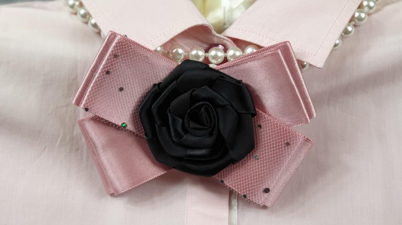 3 moduri simple de a purta broşele Fleurs de Papillons