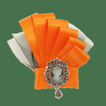 broșă elegantă